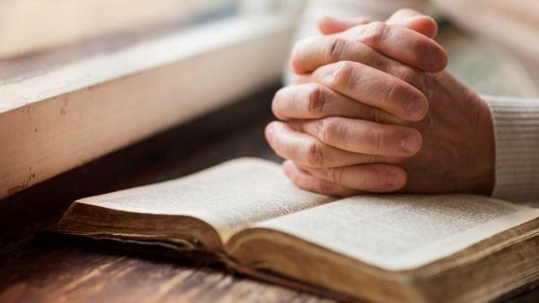Oração na Biblia: exemplos de homens que oraram